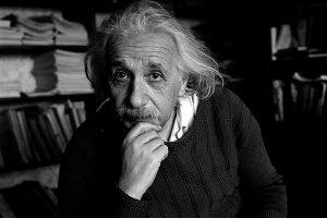 Albert Einstein (อัลเบิร์ต ไอน์สไตน์)
