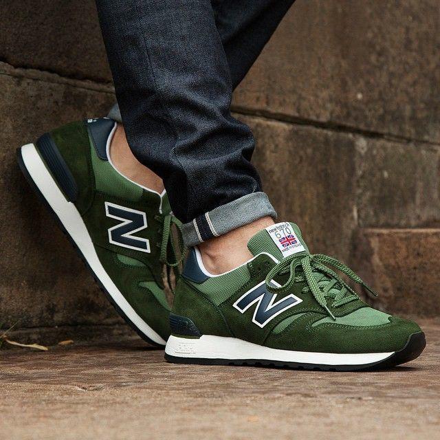 รองเท้าผ้าใบ แบรนด์ Newbalance