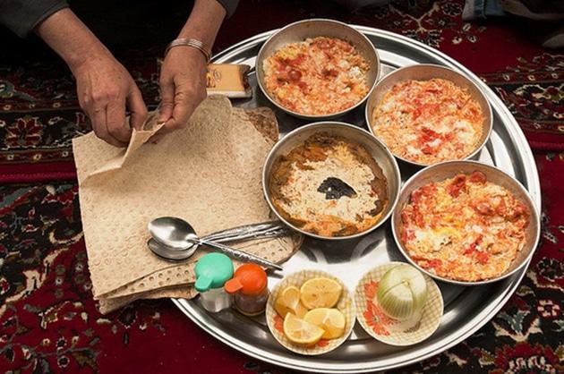 อาหารเช้าของคนอิหร่าน