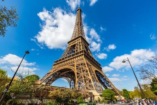 EIFFEL TOWER ฝรั่งเศส