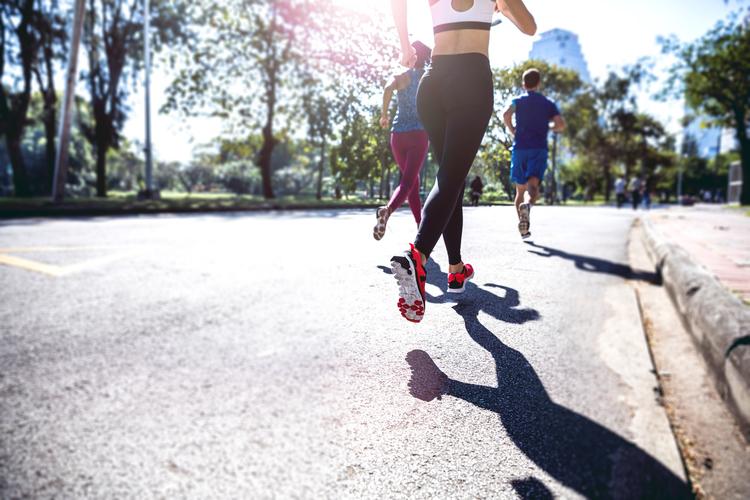 การลงเท้าการวิ่ง