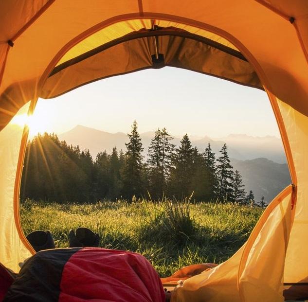 เต้นท์เดินป่าสำหรับการนอนพักค้างแรม
