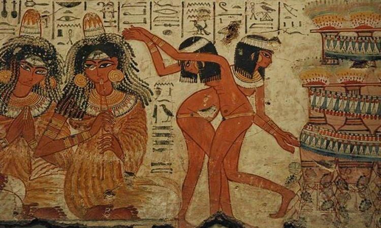 ผู้ชายอียิปต์ จะเรียกร้องความสนใจจากสาวๆ