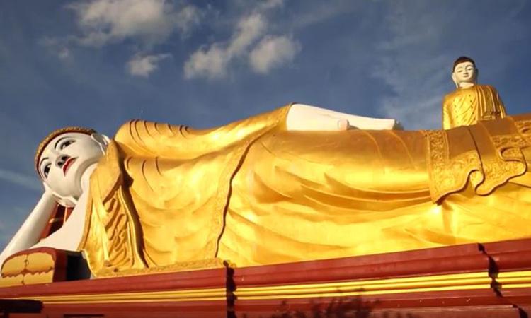 พระพุทธรูปเลจุน เซจาร์ เมืองโมนยวา ประเทศพม่า