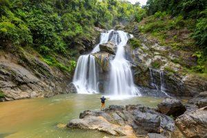 10 น้ำตกสวยของไทย ชีวิตนี้ต้องไปสักครั้งให้ได้ 26
